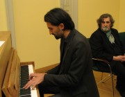 Mirko Milosevits  parádés  improvizációkkal  járult hozzá az est sikeréhez
