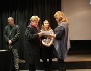 A zsűri átadja a díjakat (Mayer Éva, Pfiszterer Angelika)