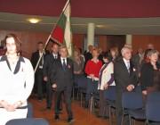 Ünnepélyesen behozták és kitűzték a bolgár lobogót