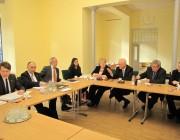 Christopf Bergner és munkatársa a Lendvay utcai székházban találkozott a Magyarországi Németek Országos Önkormányzatának képviselőivel