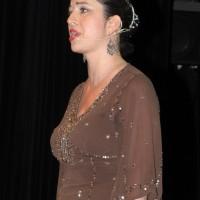Puskás Eszter örmény énekesnő