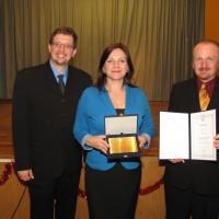 A Zentrum.hu csapata - Grund Lajos, Ambach Mónika igazgató, Mayer István